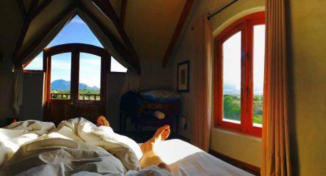 beitragsbild blick aus dem airbnb bett in kommetjie südafrika