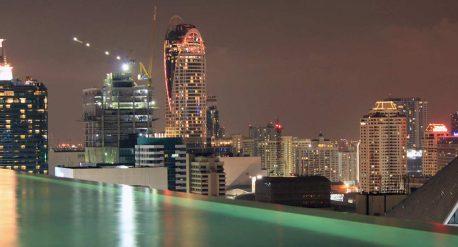Nachtausblick vom Okura Prestige in Bangkok - Reiseblog detailjaeger